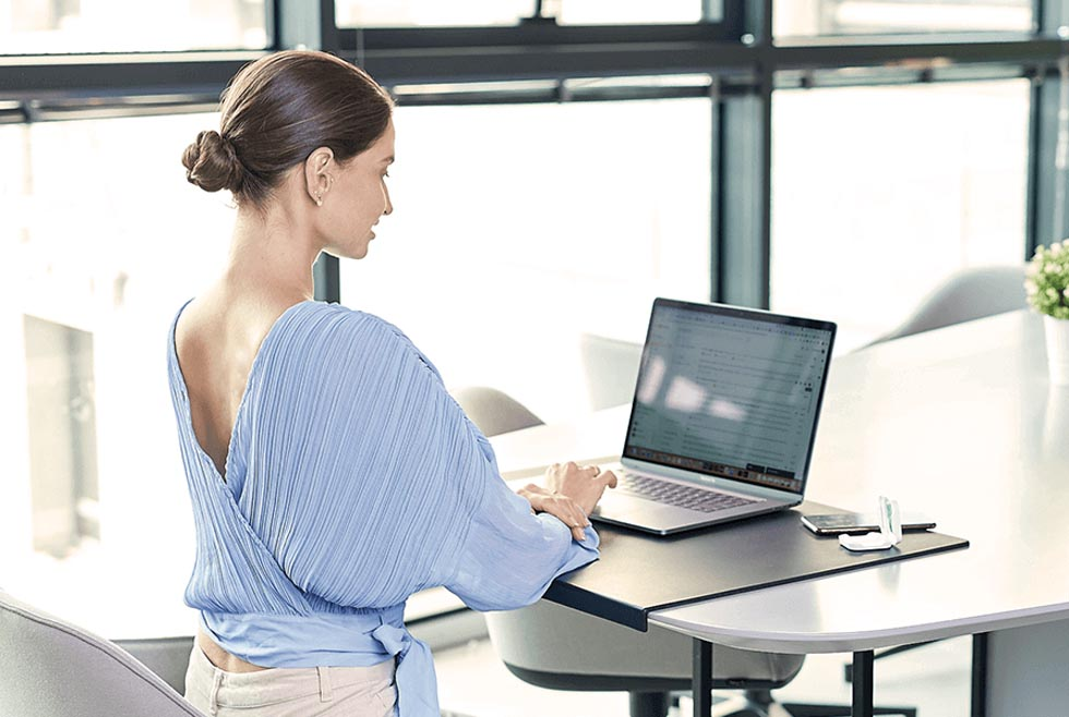 Tips to Avoid Neck and Back Pain While Working From Home